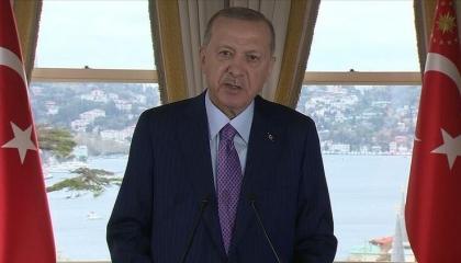 أردوغان يستبق «قمة العقوبات» بمزيد من الاستفزاز ويصف قادة أوروبا بالقراصنة