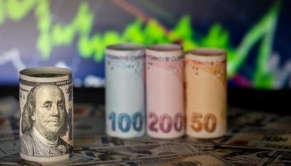 ارتفاع سعر صرف اليورو في تركيا وتراجع نسبي للدولار أمام الليرة