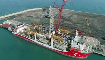سفينة الحفر التركية الثالثة تستعد لبدء رحلتها للتنقيب في البحر الأسود