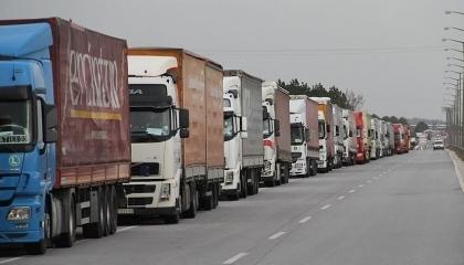 وقف «ديانت» التركي يرسل 6 شاحنات مساعدات إلى أذربيجان