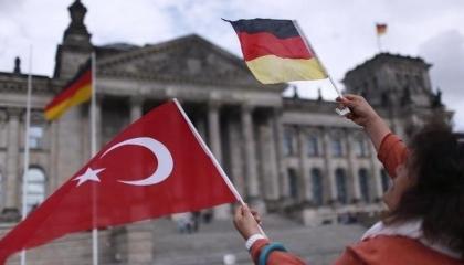 بسبب أردوغان.. 72 % من المهاجرين الأتراك بأوروبا لا يرغبون في العودة للوطن