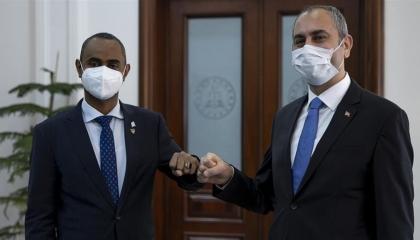 وزير العدل التركي يلتقي نظيره الصومالي لتعزيز التعاون القضائي بين البلدين