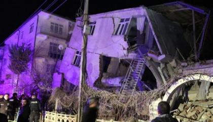 نشرة أخبار«تركيا الآن»: سلسلة من الزلازل والحرائق تضرب المدن التركية