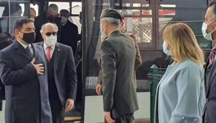 وزير الدفاع العراقي يصل تركيا في زيارة رسمية