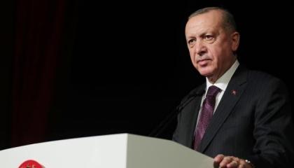 أردوغان يكشف أطماعه في السيطرة على خيرات أفريقيا بتأجير الأراضي الزراعية