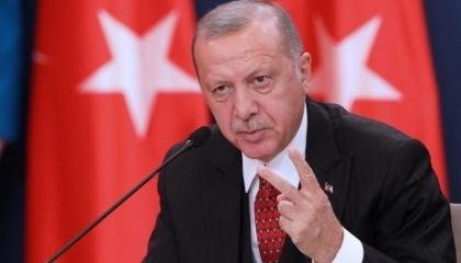 مواطنة تركية: أي مكان في العالم أهون من جحيم أردوغان!