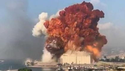 فيديو.. قتلى وجرحى في انفجارات بالعاصمة اليمنية استهدفت الحكومة الجديدة