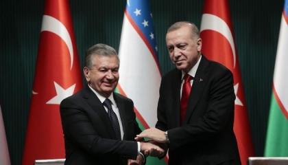 الرئيس التركي يجري اتصالًا هاتفيا بنظيره الأوزبكي