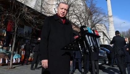 أردوغان يحرض ضد صحيفة تركية معارضة: لا تدفعوا فيها أموالكم!