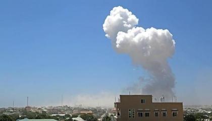 مقتل مواطن تركي وإصابة أربعة آخرين في هجوم انتحاري بالصومال