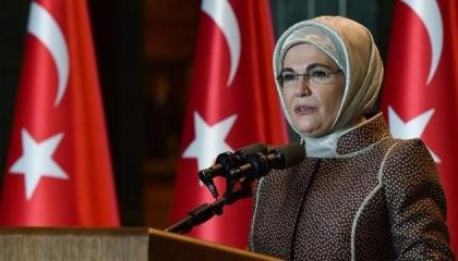 أمينة أردوغان تعترض على براءة صحفي فضح ثمن حقيبتها الفرنسية