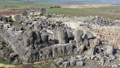 تركيا تواصل سرقة آثار عفرين السورية.. ماذا فعلت في مزار «النبي كورش»؟