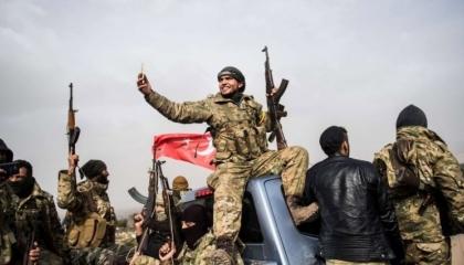 مرتزقة أردوغان في ليبيا يتظاهرون احتجاجًا على تأخر رواتبهم