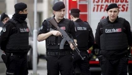 حكومة أردوغان تلاحق 27 مواطنًا بتهمة تسريب أسئلة الالتحاق بكلية الشرطة