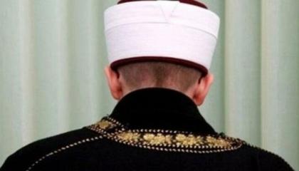 حزب الشعب التركي يقاضي إمام مسجد بسبب تغريدة ساخرة