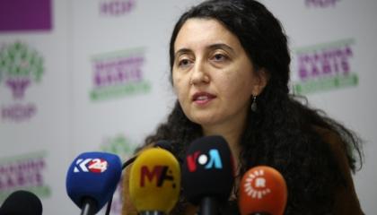 حزب الشعوب الديمقراطي: الحكومة التركية تواجه الطلاب بالأسلحة الثقيلة
