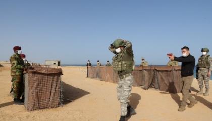 بالمخالفة لاتفاق جنيف.. الدفاع التركية تواصل تدريب عناصر الوفاق الليبية