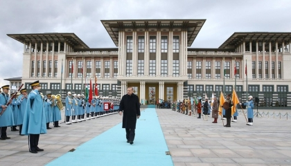 كاتب تركي: أصوات من تحالف أردوغان تطالب بمراجعة مخاطر النظام الرئاسي