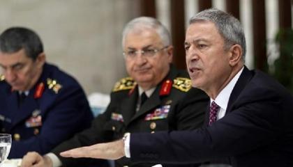 أنباء عن نقل صلاحيات حساسة من رئيس الأركان التركي إلى وزير الدفاع