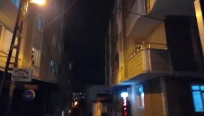 بالطرق على الأواني من النوافذ.. مواطنون أتراك يدعمون طلاب جامعة بوغازيتشي