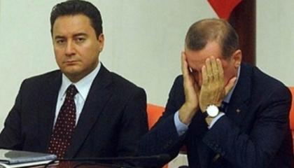 وزير تركي سابق: أردوغان منفصل عن الواقع وصلته بالمواطنين انقطعت