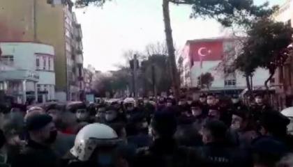 الشرطة التركية تعتقل 19 شخصًا في سامسون لتضامنهم مع طلاب بوغازيتشي