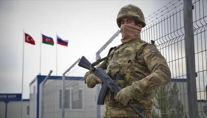 روسيا: جنودنا يراقبون السلام في كاراباخ 24 ساعة بمشاركة القوات التركية