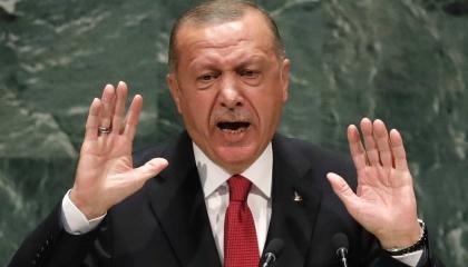 وسم «استقالة الرئيس» يتصدر تويتر في تركيا