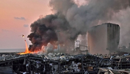 قنبلة لبنان الثانية.. الإعلام الألماني يكشف عن كارثة جديدة في مرفأ بيروت