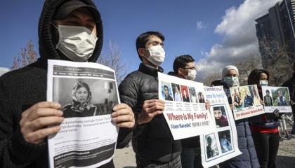 السلطات التركية تضع مسلمي الإيغور المحتجين ضد الصين تحت الإقامة القسرية