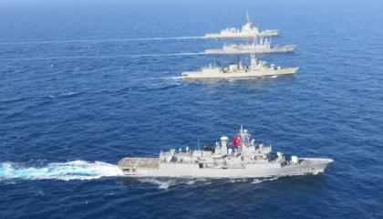 بالصور.. تدريبات مشتركة بسفن تركية ويونانية وإسبانية بشرق المتوسط