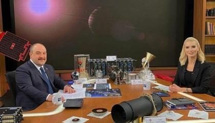 وزير الصناعة التركية: نعمل على انتقاء المواطنين المسافرين إلى القمر