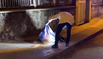 مقتل سيدة في وسط الطريق بمدينة ديار بكر التركية