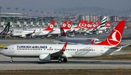 الخطوط التركية تفتح مناقصة لـ347 طائرة بالتزامن مع أخبار تسريح العاملين بها