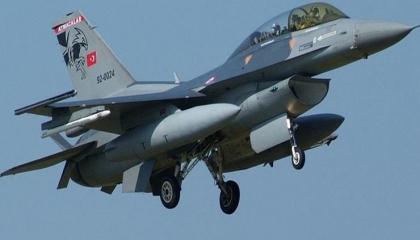 طائرات تركية تقصف قريتين في محافظة دهوك بإقليم كردستان العراق