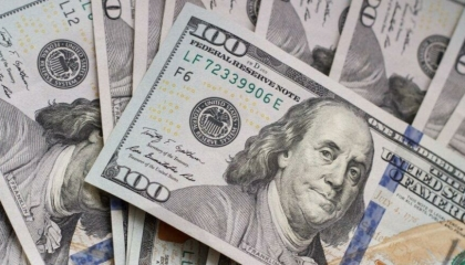 الليرة التركية تواصل هبوطها أمام الدولار واليورو.. والذهب يواصل الارتفاع