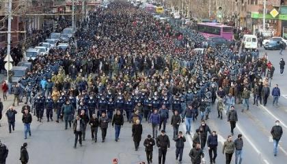 الاتحاد الأوروبي وأمريكا يدعوان الأطراف الأرمينية لضبط النفس