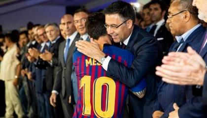السلطات الإسبانية تعتقل رئيس «البارسا» السابق.. والسبب؟