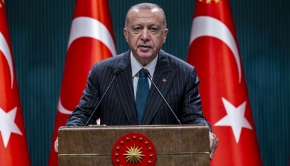 أردوغان يجدد دعوته الأحزاب وطوائف الشعب التركي لتغيير «دستور الانقلابيين»!