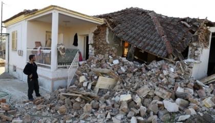 زلزال بقوة 5.2 درجة يضرب وسط اليونان.. وتضرر أكثر من 30 منزلًا