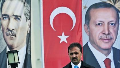 حكايات الشارب في تركيا: أداة للتحزب السياسي واغتيال الخصوم