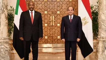 بمراسم رسمية.. السودان يستقبل الرئيس المصري بالخرطوم