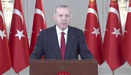 أردوغان يفضح نواياه الاستعمارية: من يسيطر على البحار يسيطر على الكون