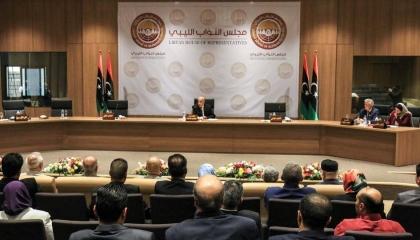 البرلمان الليبي يطالب بتأجيل جلسة منح الثقة للحكومة الجديدة