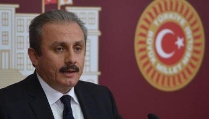 رئيس البرلمان التركي: بلادنا بحاجة إلى دستور مدني جديد