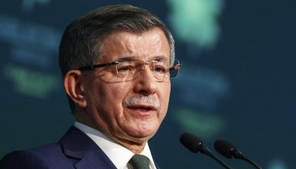 داود أوغلو: لو كان أردوغان في المعارضة لطالب بانتخابات رئاسية مبكرة