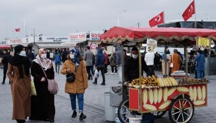 ماذا يعني قرار أردوغان بحظر تسريح العمال لمدة شهرين؟