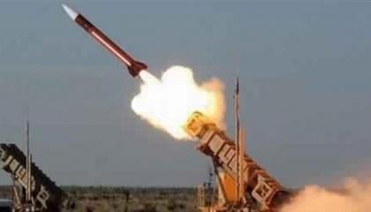 الميليشيات الحوثية تضرب السعودية بصاروخين باليستيين