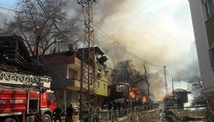 الداخلية التركية تعلن تخصيص مليون ليرة لإغاثة منكوبي حريق أرتفين