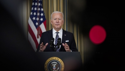 سفير موسكو لدى واشنطن: الأمريكيون يعتذرون عن تصريحات بايدن «المتهورة»